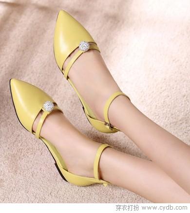 秋款单鞋登场时髦闪亮亮