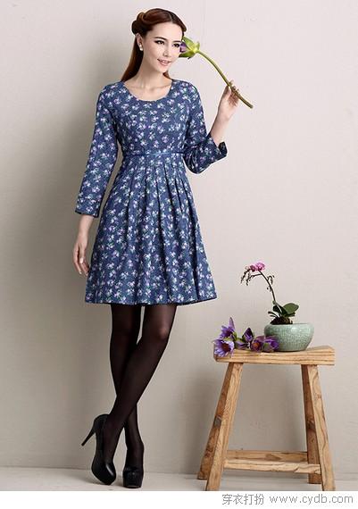 偷偷看,秋天的连衣裙