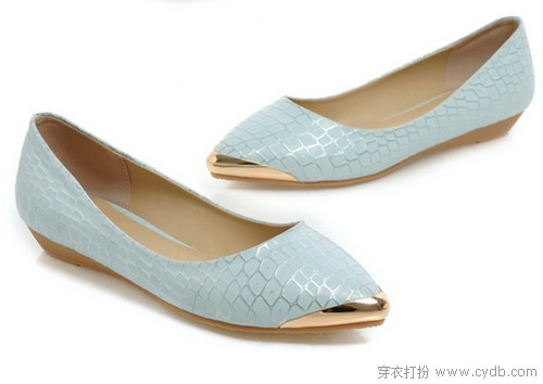 时尚当属尖头鞋