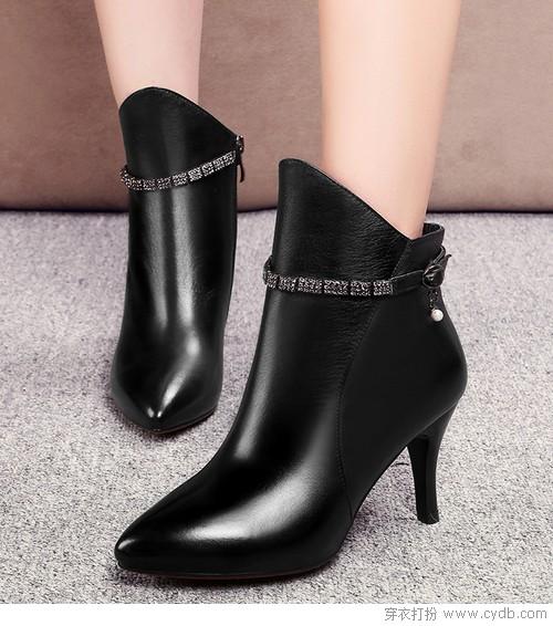 秋冬时节勿忘短靴