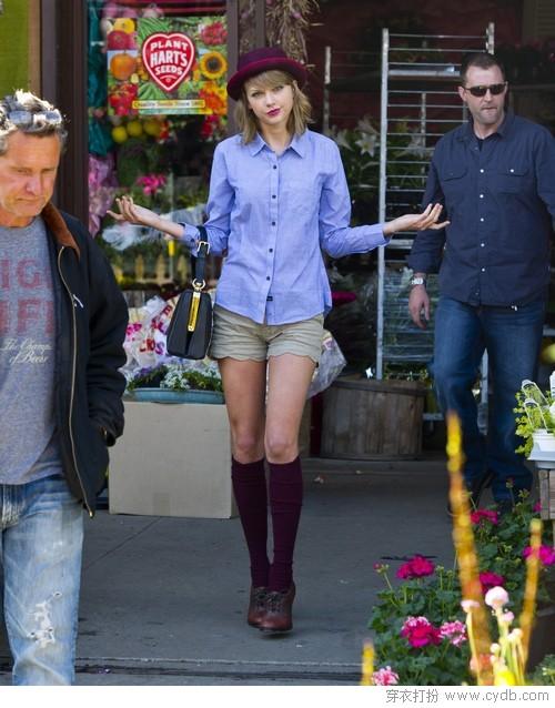 """霉霉Taylor Swift街拍启发""""双蛋""""装扮"""
