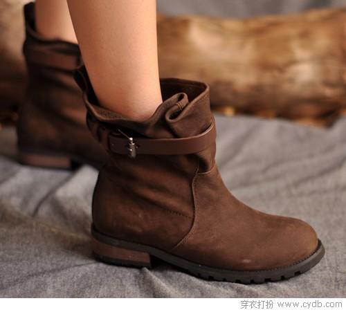 春装搭配时尚必选之短靴