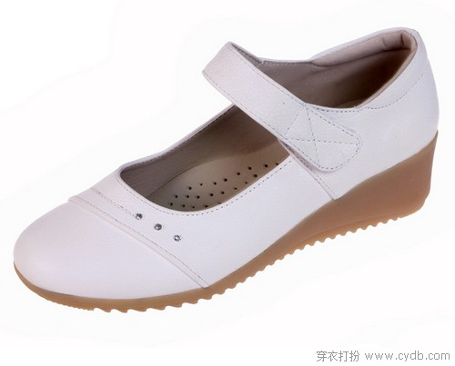 三张图告诉你:小白鞋究竟有多百搭
