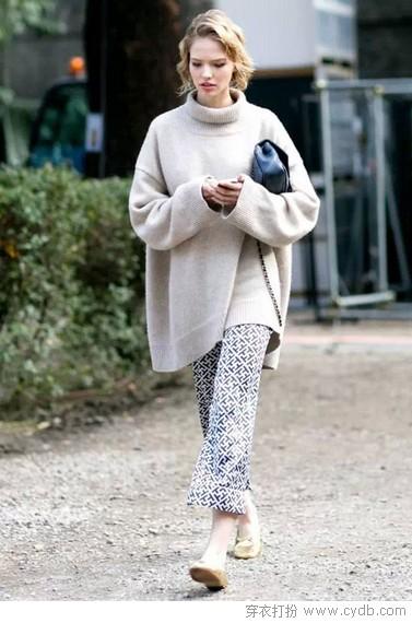 如何穿出宽松版毛衣的春日风采