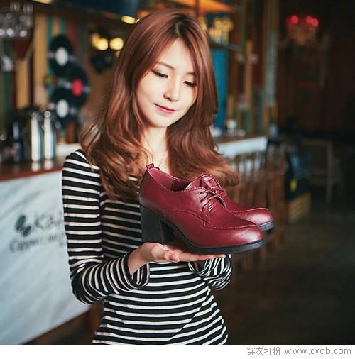 小皮鞋冬末春初的<a style='top:0px;' href=/article/tag/k/%25E9%2580%25A0%25E8%25AE%25BF.html target=_blank ><strong style='color:red;top:0px;'>造访</strong></a>