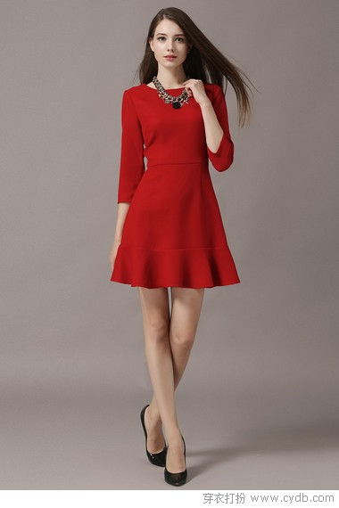 小女人味风情起,最美连衣裙细腻旖旎
