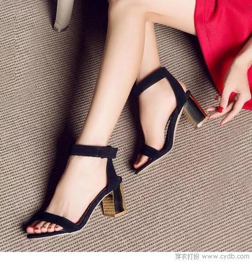 --一字带露趾粗跟凉鞋 ←-一起盘点夏天最好穿的鞋