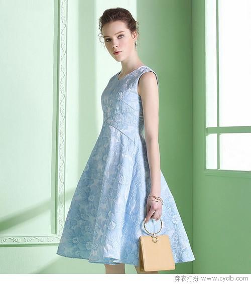 有细节有亮点,连衣裙精致迷人功力非凡