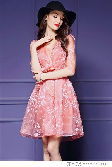 玩转不同风格,连衣裙有妙招!