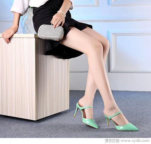 频繁入秀的拖鞋 不要再只为居家而准备了
