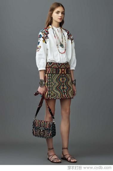 唯美刺绣,穿着的不止是衣服还有艺术