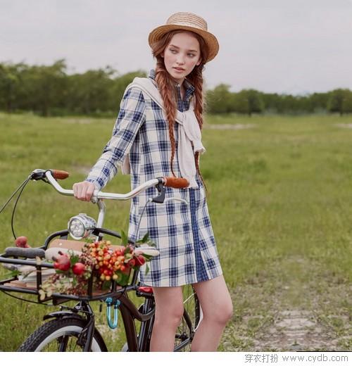 夏秋过渡季,衬衫裙的时尚趴正在开启