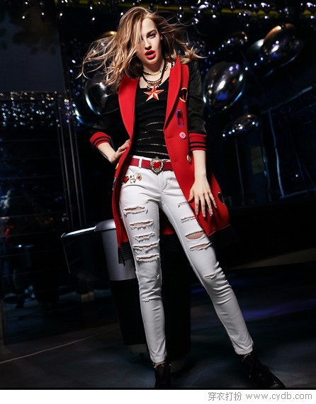 <a style='top:0px;' href=/article/tag/k/%25E7%259C%258B%25E7%259C%258B.html target=_blank ><strong style='color:red;top:0px;'>看看</strong></a>时装周,就知道时尚的<a style='top:0px;' href=/article/tag/k/%25E9%2587%258D%25E7%2582%25B9.html target=_blank ><strong style='color:red;top:0px;'>重点</strong></a>在这里