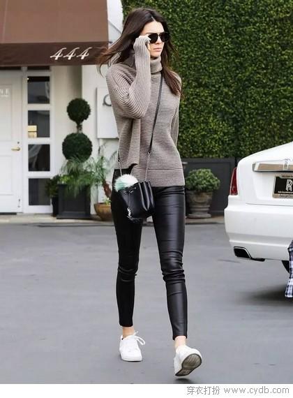 购物季不乱买,实用之王灰色毛衣