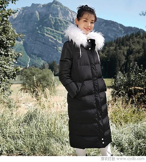 羽绒服要加厚一点,寒流来袭才更保暖
