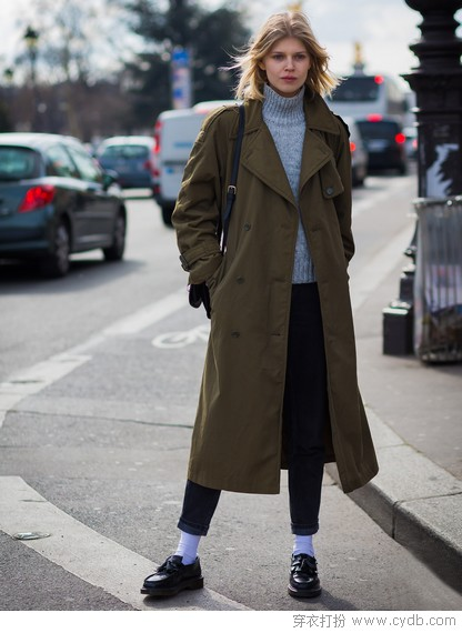 每穿起这个颜色的外套就会把自己美到