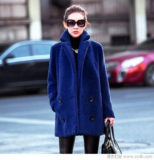 蓝色皮毛一体的大衣,年龄小是优 年龄大是沉稳的味道.   07 要是不图片
