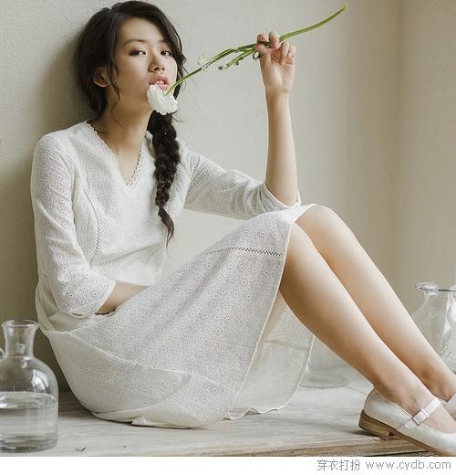 穿对了小白裙,造型加十分