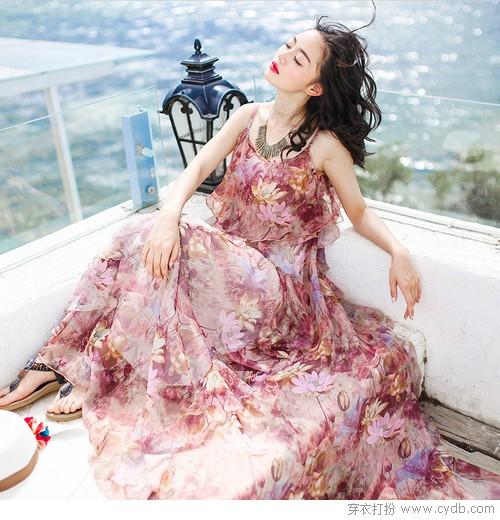 一半一半的吊带裙,才是女人的挚爱啊!