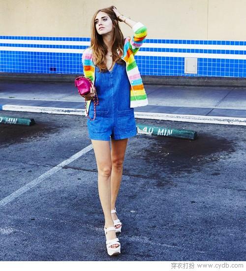 凉快显瘦的连体裤是夏日时尚战衣