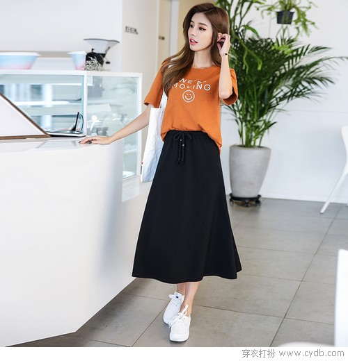 "<a style='top:0px;' href=/article/tag/k/%25E4%25B8%25BA%25E4%25BB%2580%25E4%25B9%2588.html target=_blank ><strong style='color:red;top:0px;'>为什么</strong></a>我们会<a style='top:0px;' href=/article/tag/k/%25E7%2588%25B1%25E4%25B8%258A.html target=_blank ><strong style='color:red;top:0px;'>爱上</strong></a>穿""小白鞋""?"
