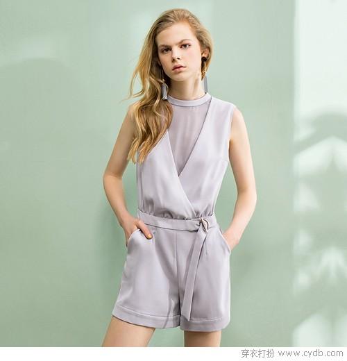 穿腻了连衣裙?来波连体裤换换风格吧