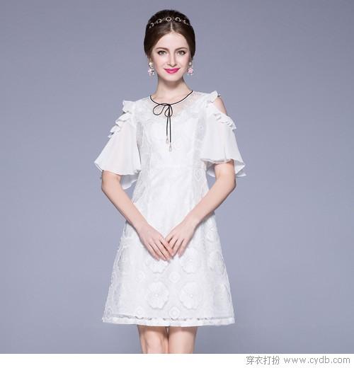 穿高贵无暇的白 演绎极简的素雅