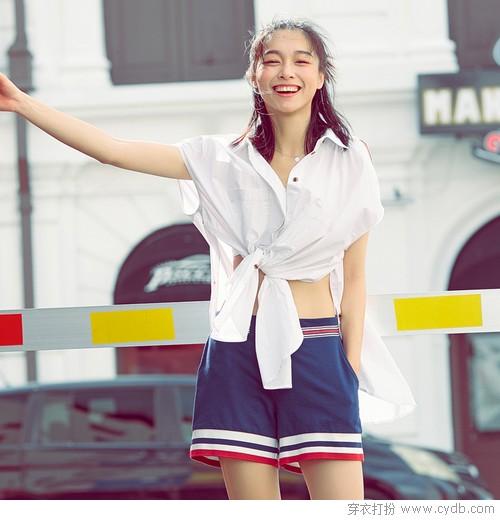 穿不一样的白衬衫,美足一整个夏天