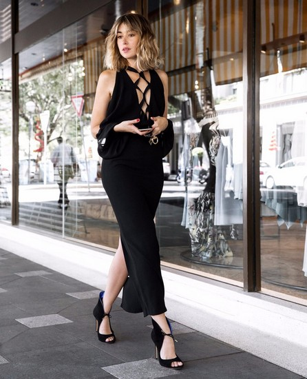 一年四季小黑裙 如何时髦不单调