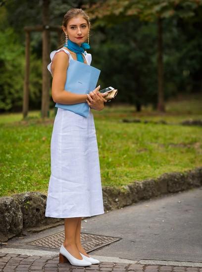 洗眼大招,用白裙穿出一个天朗气清