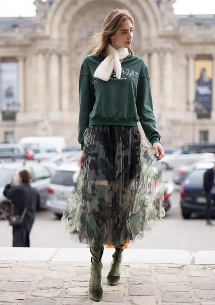 穿上薄纱美裙,继续貌美如花