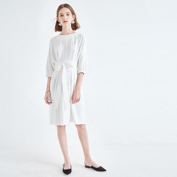 最懂季节的小白裙,颜值与气质齐飞
