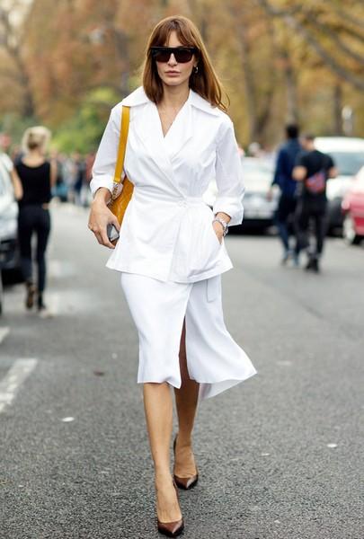 确认过眼神,设计感白衬衫最迷人
