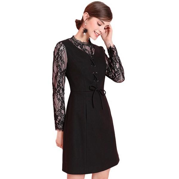 小黑裙诠释赫本式优雅风