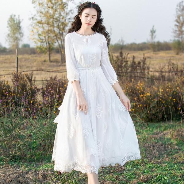 碎花纯色各有所长 纯色连衣裙刷出存在感